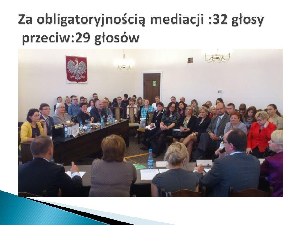 -prezentacja działań Centrum Mediacji Szkolnej i Rówieśniczej w Gdańsku -wskazanie podstaw prawnych w zakresie kierowania przez sądy rodzinne spraw nieletnich ( Nkd ) do Centrum Mediacji Szkolnej w oparciu o treść art.