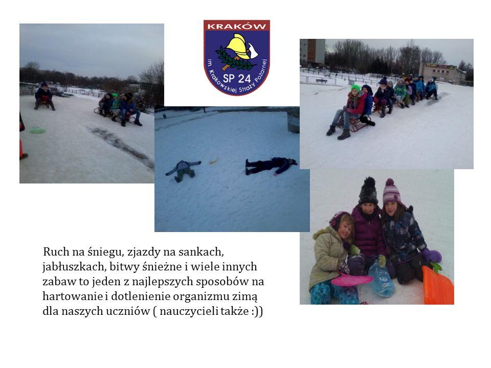 Ruch na śniegu, zjazdy na sankach, jabłuszkach, bitwy śnieżne i wiele innych zabaw to jeden z najlepszych sposobów na hartowanie i dotlenienie organizmu zimą dla naszych uczniów ( nauczycieli także :))