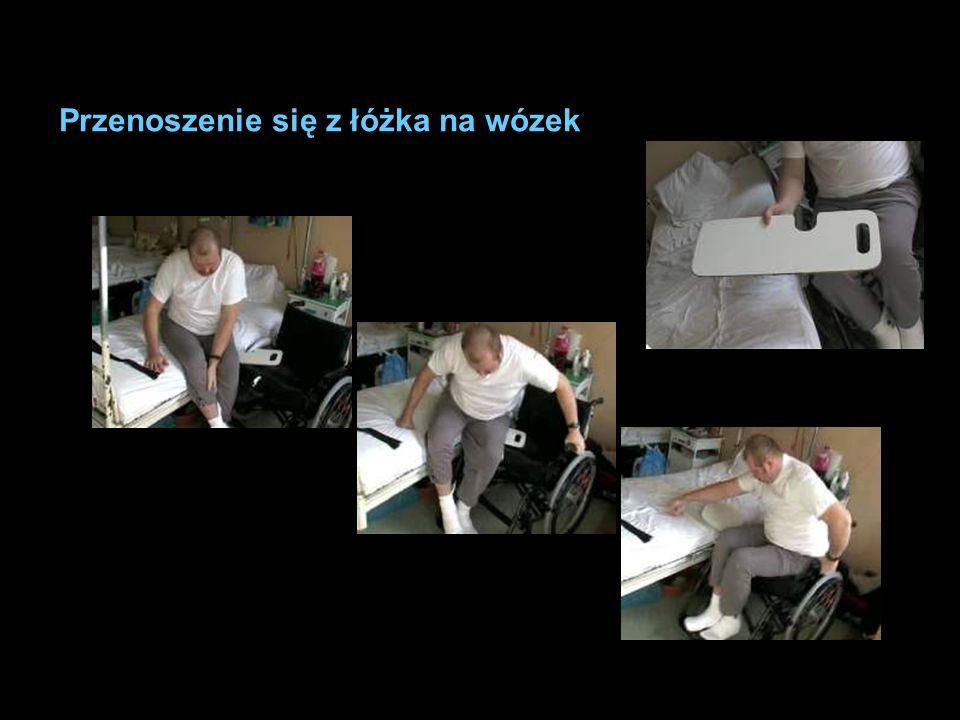 Przenoszenie się z łóżka na wózek