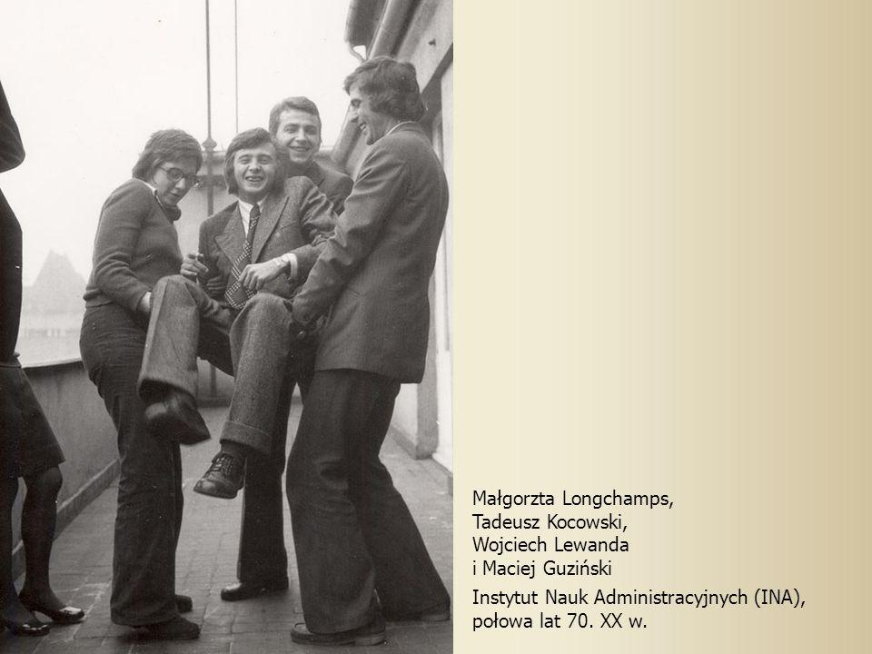 Małgorzta Longchamps, Tadeusz Kocowski, Wojciech Lewanda i Maciej Guziński Instytut Nauk Administracyjnych (INA), połowa lat 70. XX w.