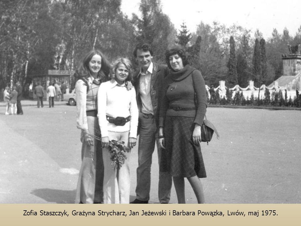 Zofia Staszczyk, Grażyna Strycharz, Jan Jeżewski i Barbara Powązka, Lwów, maj 1975.