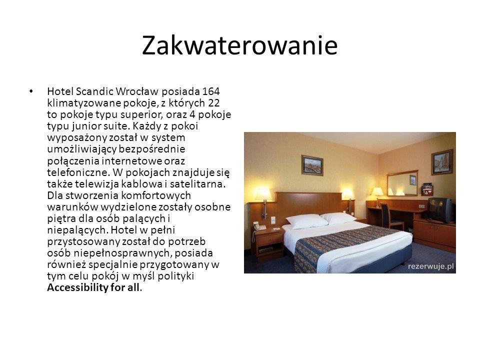Zakwaterowanie Hotel Scandic Wrocław posiada 164 klimatyzowane pokoje, z których 22 to pokoje typu superior, oraz 4 pokoje typu junior suite.