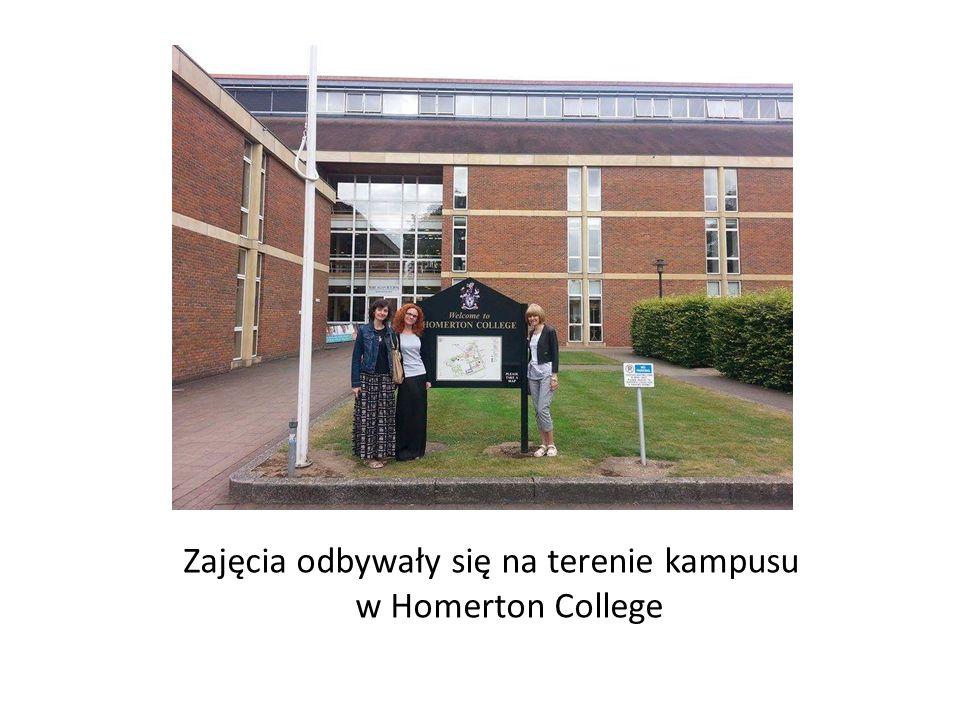 Zajęcia odbywały się na terenie kampusu w Homerton College