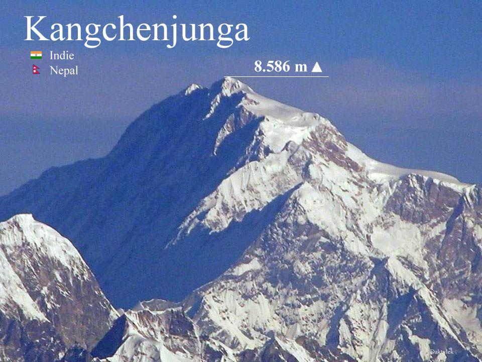 Daktylek Kanczendzonga - Kanczendzanga, Kangczendzonga, Kangchendzönga, Kangchenjunga - drugi co do wysokości szczyt w Himalajach, trzeci co do wysokości szczyt Ziemi, o wysokości 8586 m n.p.m.
