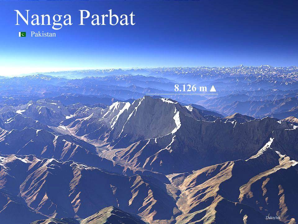 Daktylek Nanga Parbat - Nangaparbat Peak, Nanga Parvata – ośmiotysięcznik, dziewiąty co do wysokości szczyt świata - 8126 m n.p.m.. Nazwa góry jest mi