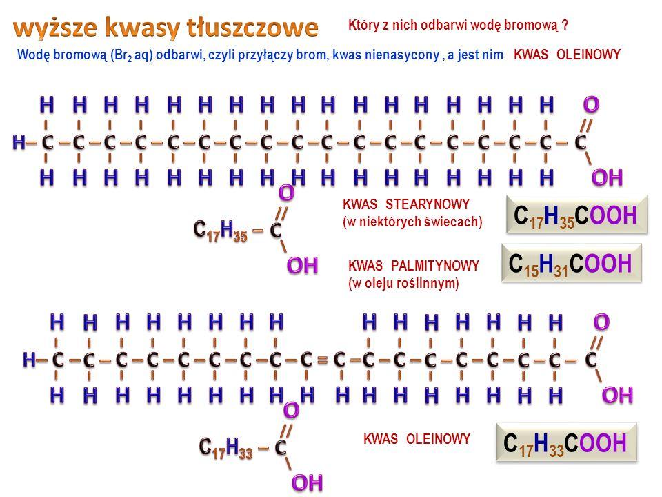 kwas etanowy (kwas octowy) powstaje podczas kwaśnienia etanolu, w warunkach tlenowych, przy udziale bakterii kwas metanowy (kwas mrówkowy) znajduje się w pokrzywach, jadzie pszczół, mrówek, os i szerszeni ma we wzorze przynajmniej jedną grupę karboksylową 11 Numerowanie węgli w kwasie organicznym rozpoczynamy od węgla z grupy karboksylowej