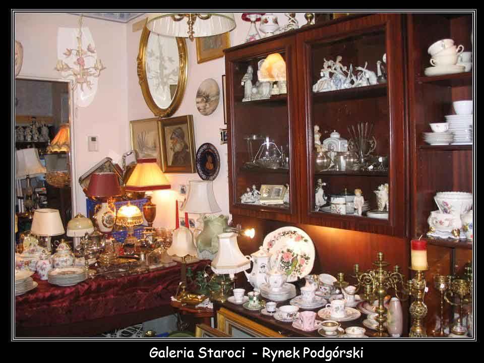 Galeria Staroci - Rynek Podgórski