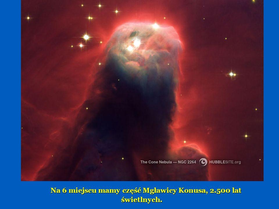 Piąte miejsce to Mgławica Klepsydra, 8000 lat świetlnych - powstała ona z eksplodującej gwiazdy.