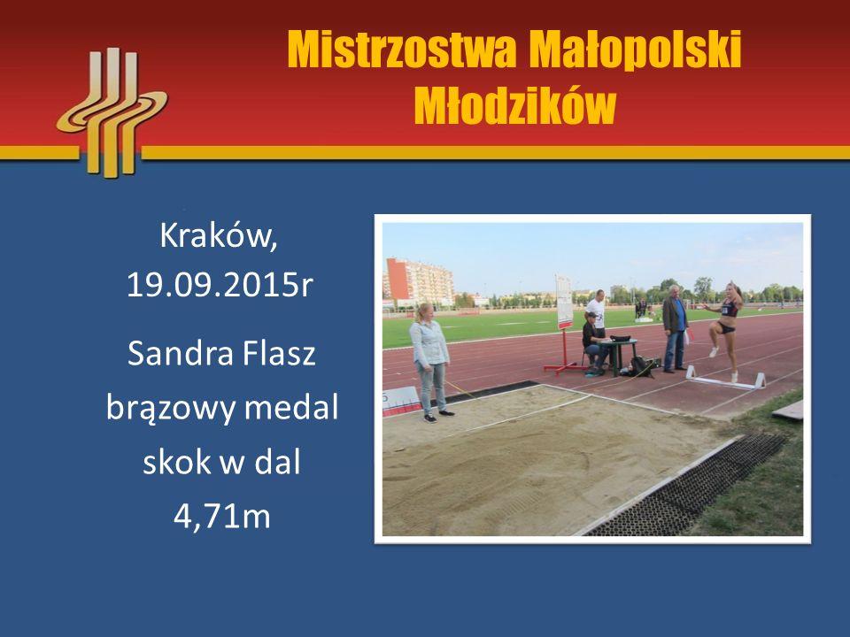 Mistrzostwa Małopolski Dzieci Młodszych Kraków, 19.09.2015r Karolina Waluś Złoty medal 60m 9,35m
