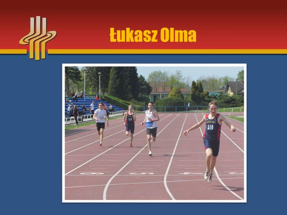 """Najważniejsze osiągnięcia sezonu 2015 III miejsce na Międzynarodowym Mitingu """"Kraka w biegu na 300m – Kraków 17.05.2015r."""