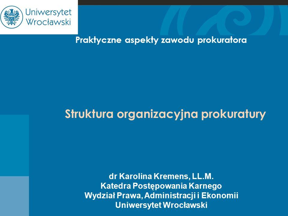 Struktura organizacyjna prokuratury Prokuratura 1.Prokuraturę stanowią: -Prokurator Generalny -podlegli mu prokuratorzy powszechnych i wojskowych jednostek organizacyjnych prokuratury -prokuratorzy Instytutu Pamięci Narodowej - Komisji Ścigania Zbrodni przeciwko Narodowi Polskiemu.