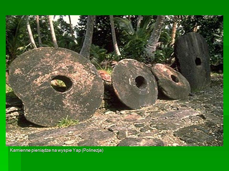 Kamienne pieniądze na wyspie Yap (Polinezja)