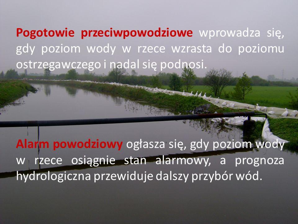 Pogotowie przeciwpowodziowe wprowadza się, gdy poziom wody w rzece wzrasta do poziomu ostrzegawczego i nadal się podnosi. Alarm powodziowy ogłasza się