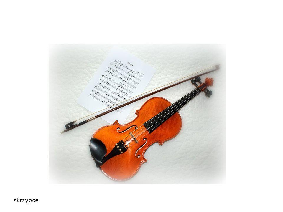 Wolfgang Amadeusz Mozart napisał: Ponad 50 symfonii kilkadziesiąt koncertów fortepianowych, skrzypcowych, fletowych i na inne instrumenty solowe z towarzyszeniem orkiestry blisko 20 mszy oraz inne utwory muzyki kościelnej 13 oper, które do dnia dzisiejszego znajdują się w repertuarze wszystkich teatrów operowych świata