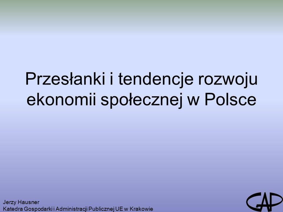 Jerzy Hausner Katedra Gospodarki i Administracji Publicznej UE w Krakowie Głównymi barierami rozwoju przedsiębiorstw społecznych są: kumulacja negatywnych cech społecznych i ekonomicznych w regionach wiejskich i słabo zurbanizowanych; brak zaufania do inicjatyw podejmowanych przez przedsiębiorstwa społeczne; niski poziom aktywności społeczności lokalnych; postrzeganie przedsiębiorstwa społecznego jako podmiotu działającego w obszarach wykluczenia społecznego, a w związku z tym oferującego dobra i usługi na niskim poziomie;