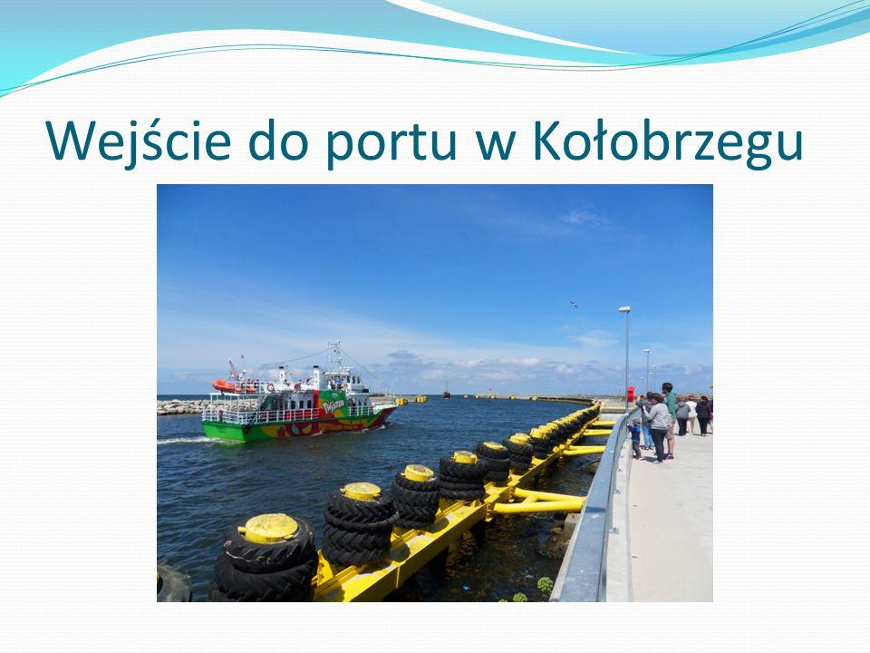 Wejście do portu w Kołobrzegu