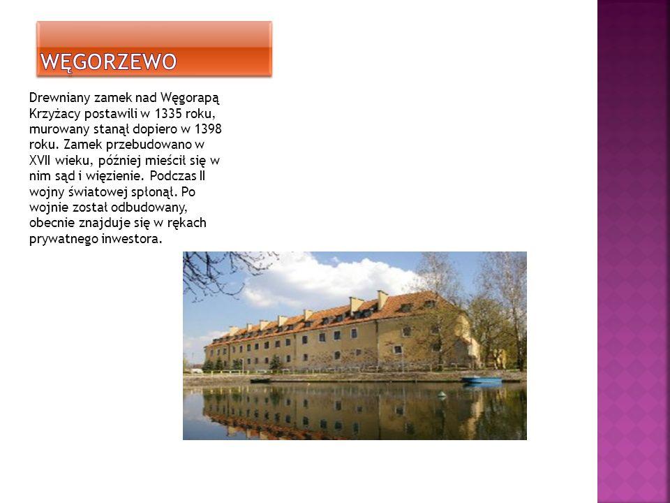 Drewniany zamek nad Węgorapą Krzyżacy postawili w 1335 roku, murowany stanął dopiero w 1398 roku.