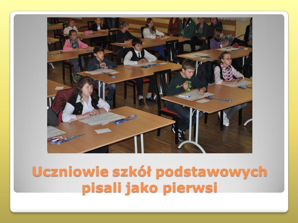 Uczniowie szkół podstawowych pisali jako pierwsi