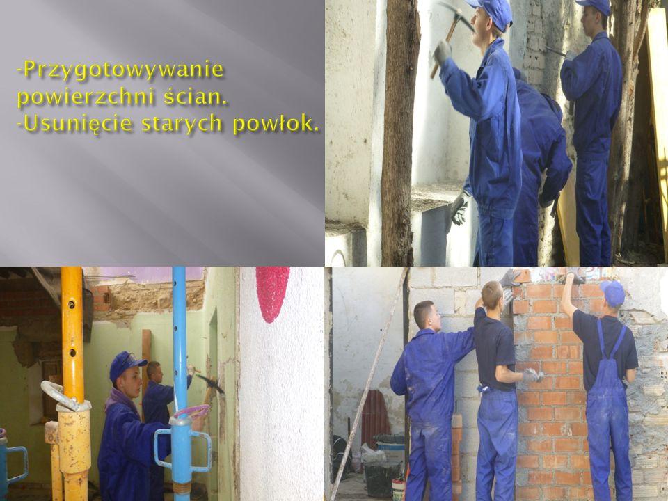Do naszych obowi ą zków nale ż a ł a rekonstrukcja i renowacja budynku.