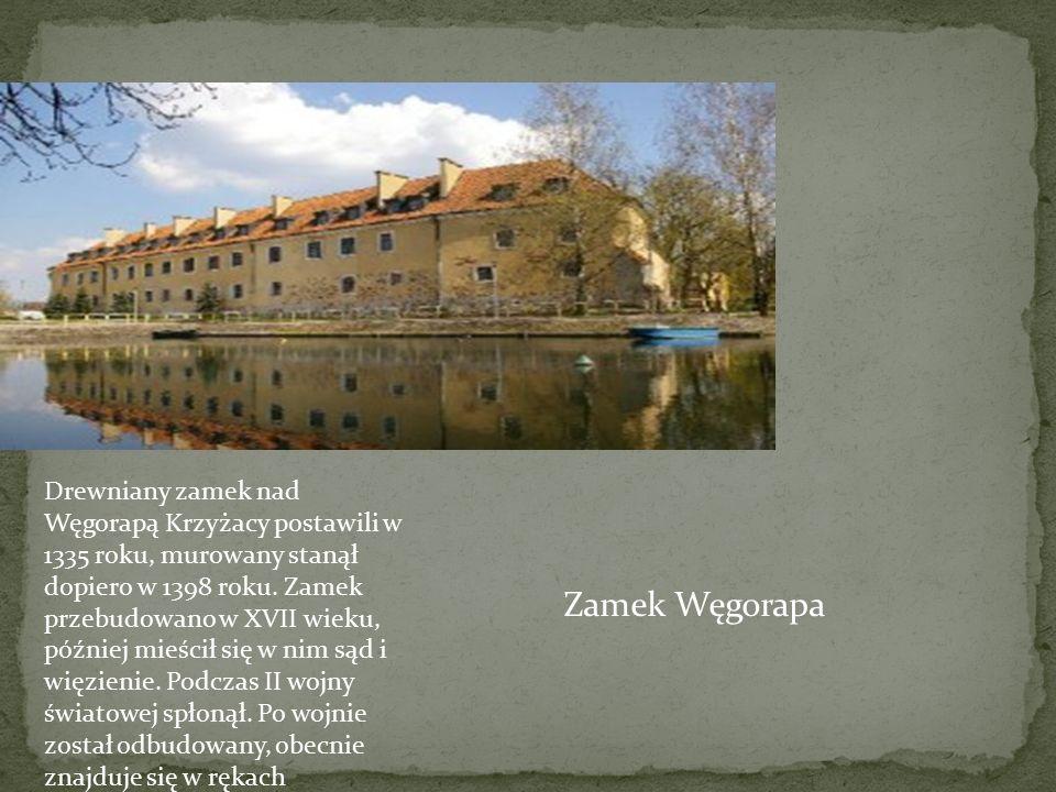 Drewniany zamek nad Węgorapą Krzyżacy postawili w 1335 roku, murowany stanął dopiero w 1398 roku. Zamek przebudowano w XVII wieku, później mieścił się