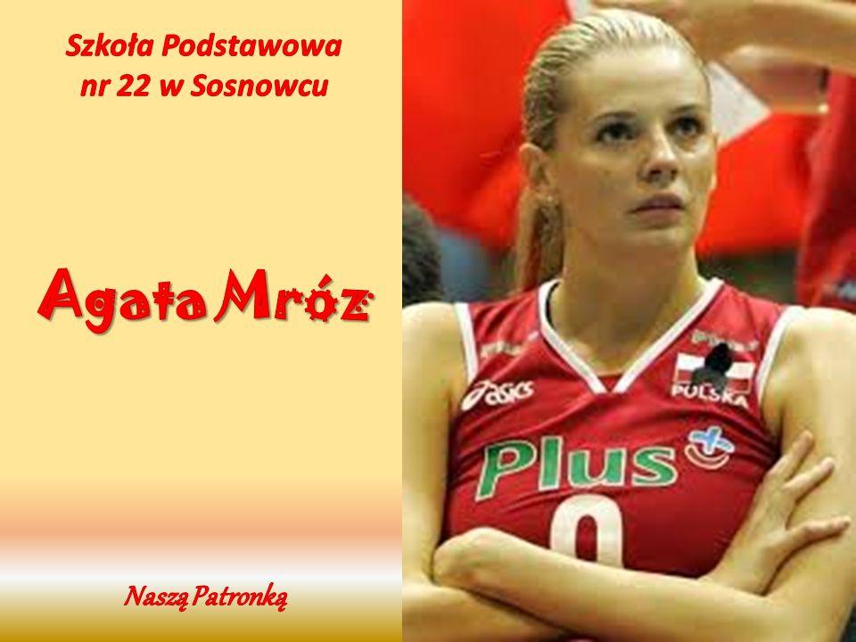 Agata Mróz urodziła się 7 kwietnia 1982r.W Dąbrowie Tarnowskiej.