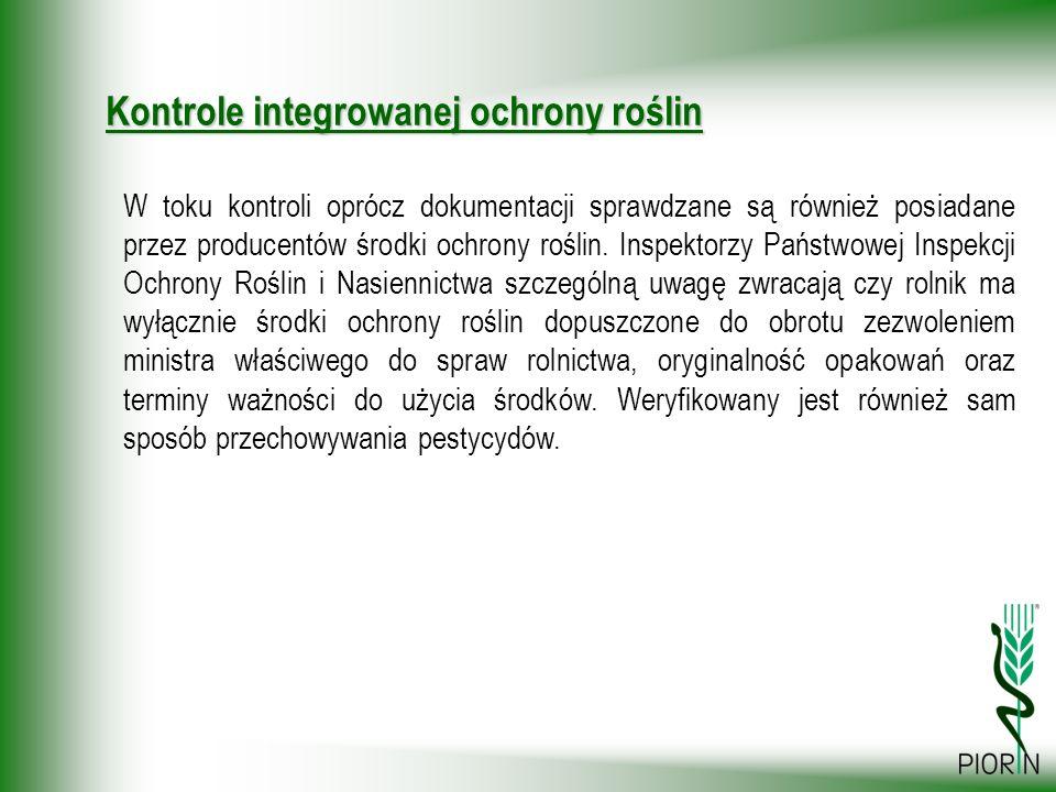 W toku kontroli oprócz dokumentacji sprawdzane są również posiadane przez producentów środki ochrony roślin. Inspektorzy Państwowej Inspekcji Ochrony