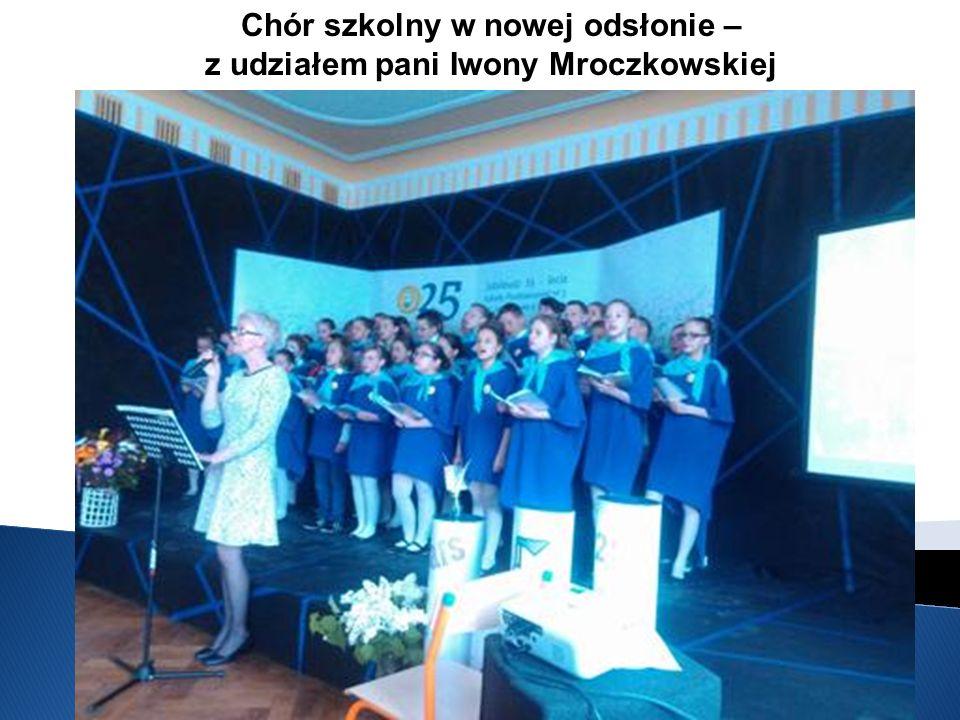 Chór szkolny w nowej odsłonie – z udziałem pani Iwony Mroczkowskiej