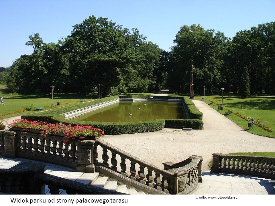 Widok parku od strony pałacowego tarasu źródło: www.fotopolska.eu