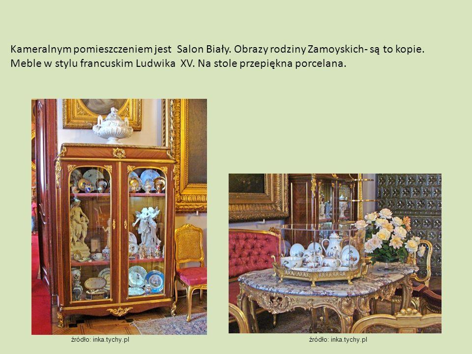 Kameralnym pomieszczeniem jest Salon Biały. Obrazy rodziny Zamoyskich- są to kopie. Meble w stylu francuskim Ludwika XV. Na stole przepiękna porcelana