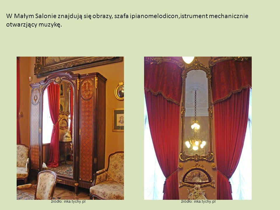 W Małym Salonie znajdują się obrazy, szafa ipianomelodicon,istrument mechanicznie otwarzjący muzykę.