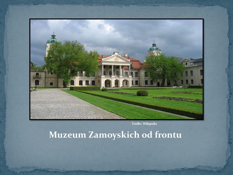 Muzeum Zamoyskich od frontu Źródło: Wikipedia