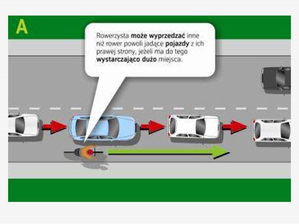 Dopuszcza się wyprzedzanie z prawej strony na odcinku drogi z wyznaczonymi pasami ruchu: 1) na jezdni jednokierunkowej 1) na jezdni jednokierunkowej 2) na jezdni dwukierunkowej, jeżeli co najmniej dwa pasy ruchu na obszarze zabudowanym lub trzy pasy ruchu poza obszarem zabudowanym przeznaczone są do jazdy w tym samym kierunku.
