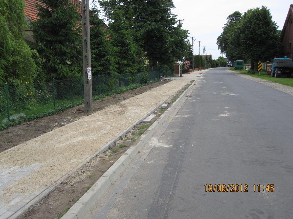 Remont chodnika przy drodze powiatowej nr 5484P Rawicz – Dubin w m.