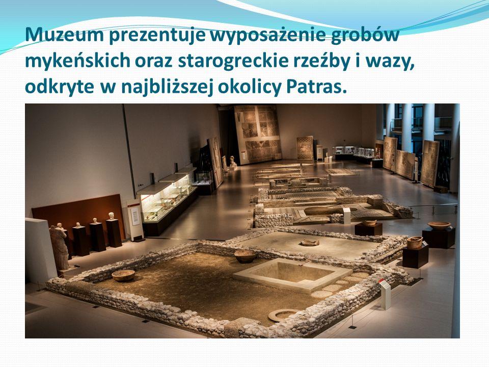Muzeum prezentuje wyposażenie grobów mykeńskich oraz starogreckie rzeźby i wazy, odkryte w najbliższej okolicy Patras.