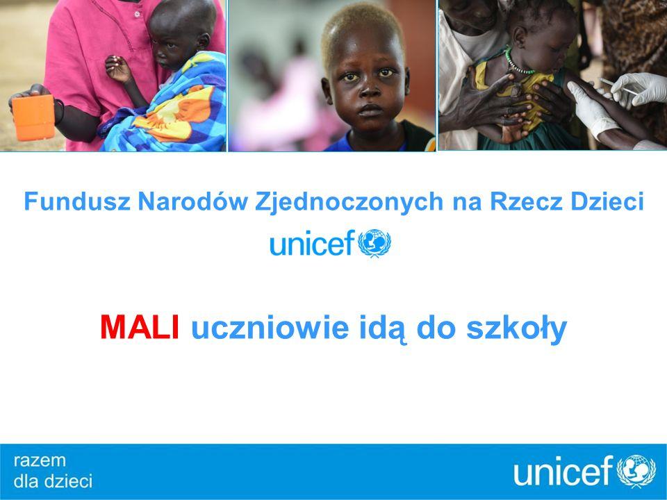 Fundusz Narodów Zjednoczonych na Rzecz Dzieci MALI uczniowie idą do szkoły