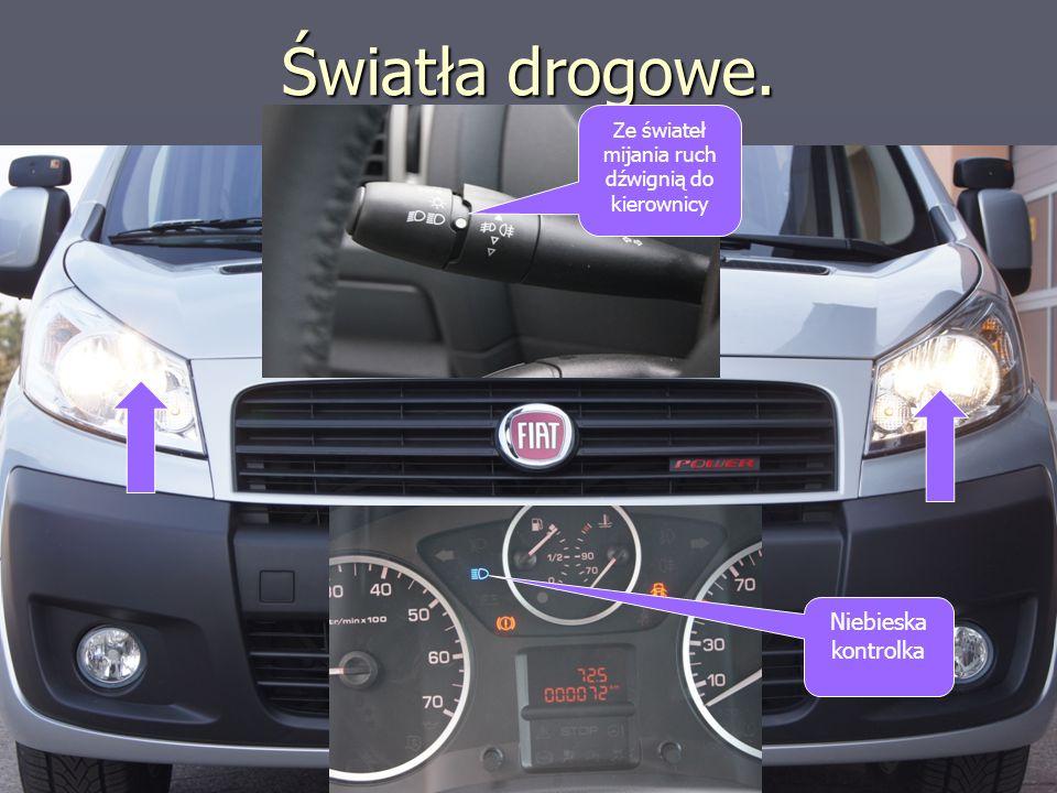 Światła drogowe. Niebieska kontrolka Ze świateł mijania ruch dźwignią do kierownicy