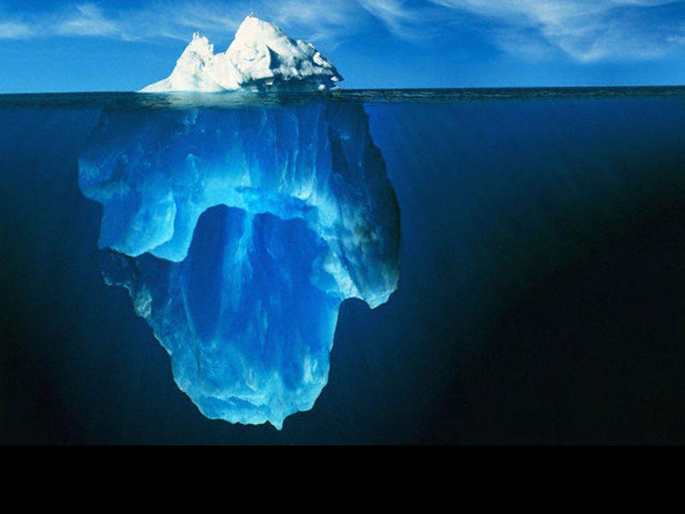 Te piekne fotografie zrobil naukowiec pracujacy na platformie naftowej kolo Bieguna Polnocnego w St. Johns, Newfoundland, podczas nurkowania. Iceberg,