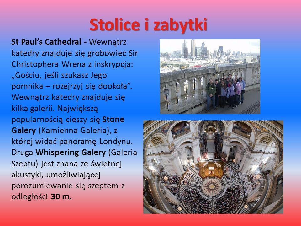 """Stolice i zabytki St Paul's Cathedral - Wewnątrz katedry znajduje się grobowiec Sir Christophera Wrena z inskrypcja: """"Gościu, jeśli szukasz Jego pomnika – rozejrzyj się dookoła ."""