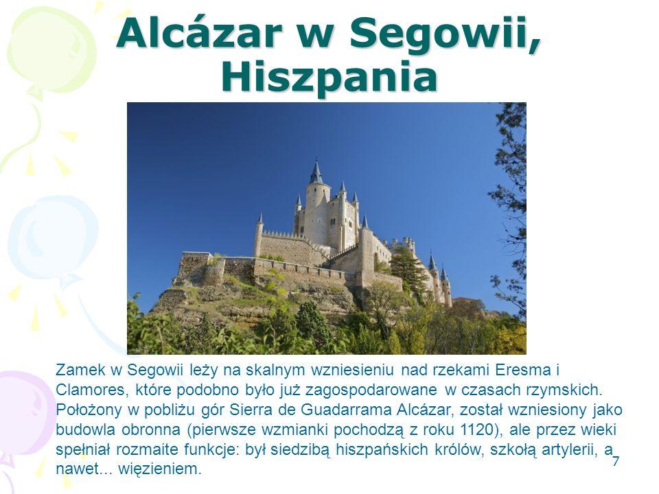 Alcázar w Segowii, Hiszpania Zamek w Segowii leży na skalnym wzniesieniu nad rzekami Eresma i Clamores, które podobno było już zagospodarowane w czasa