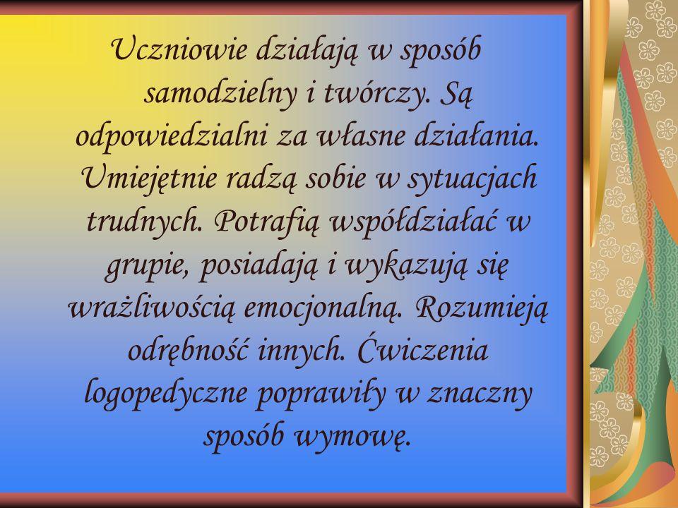 """Przedstawienie """"Dwanaście miesięcy podczas choinki szkolnej styczeń 2011"""