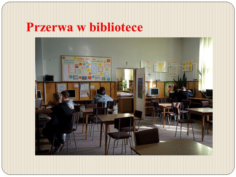 Przerwa w bibliotece