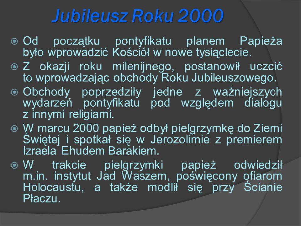Jubileusz Roku 2000 Od początku pontyfikatu planem Papieża było wprowadzić Kościół w nowe tysiąclecie. Z okazji roku milenijnego, postanowił uczcić to