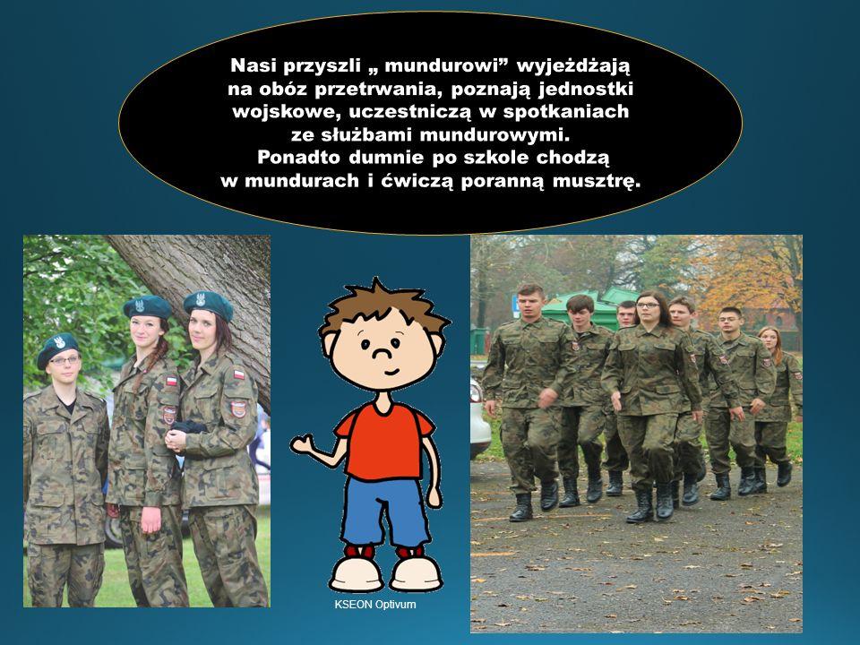A to moi koledzy na obozie paramilitarnym- super zabawa, mega wyczyny i integracja klasy.