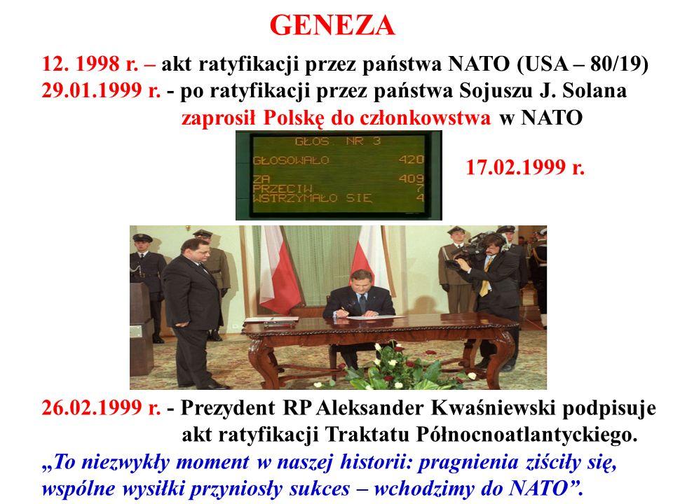 26.02.1999 r. - Prezydent RP Aleksander Kwaśniewski podpisuje akt ratyfikacji Traktatu Północnoatlantyckiego. To niezwykły moment w naszej historii: p