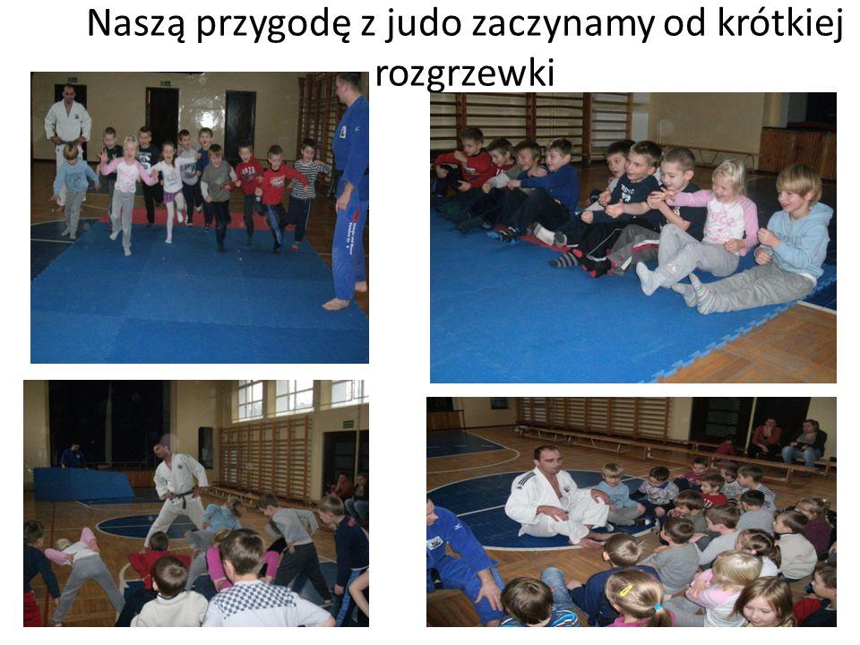 Naszą przygodę z judo zaczynamy od krótkiej rozgrzewki