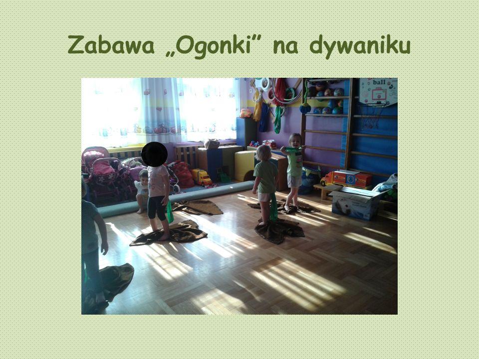 Zabawa Ogonki na dywaniku