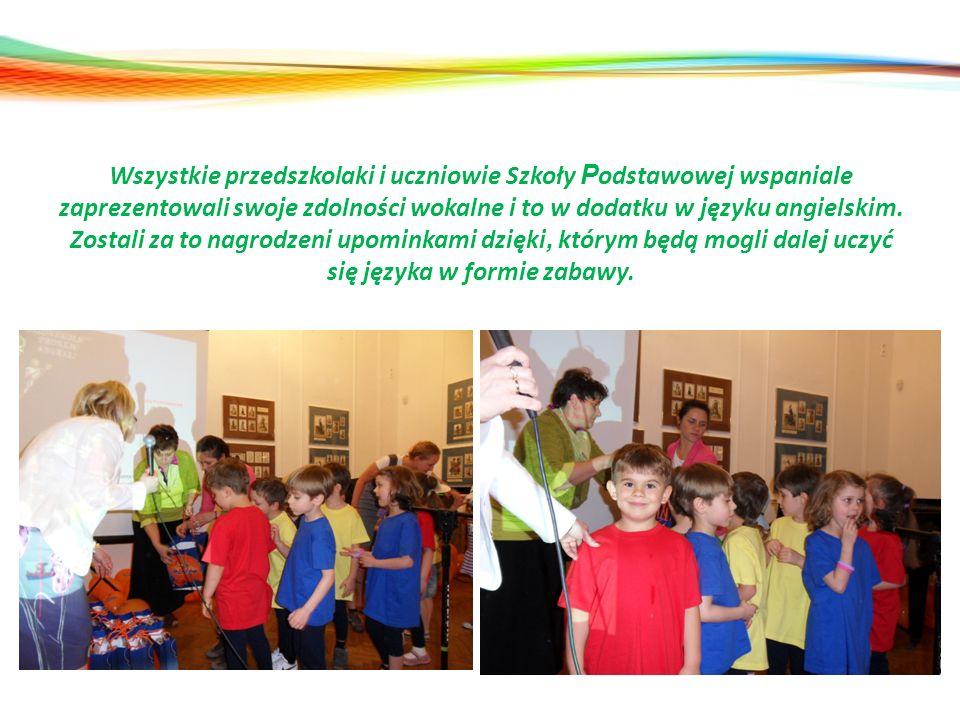 Wszystkie przedszkolaki i uczniowie Szkoły P odstawowej wspaniale zaprezentowali swoje zdolności wokalne i to w dodatku w języku angielskim. Zostali z