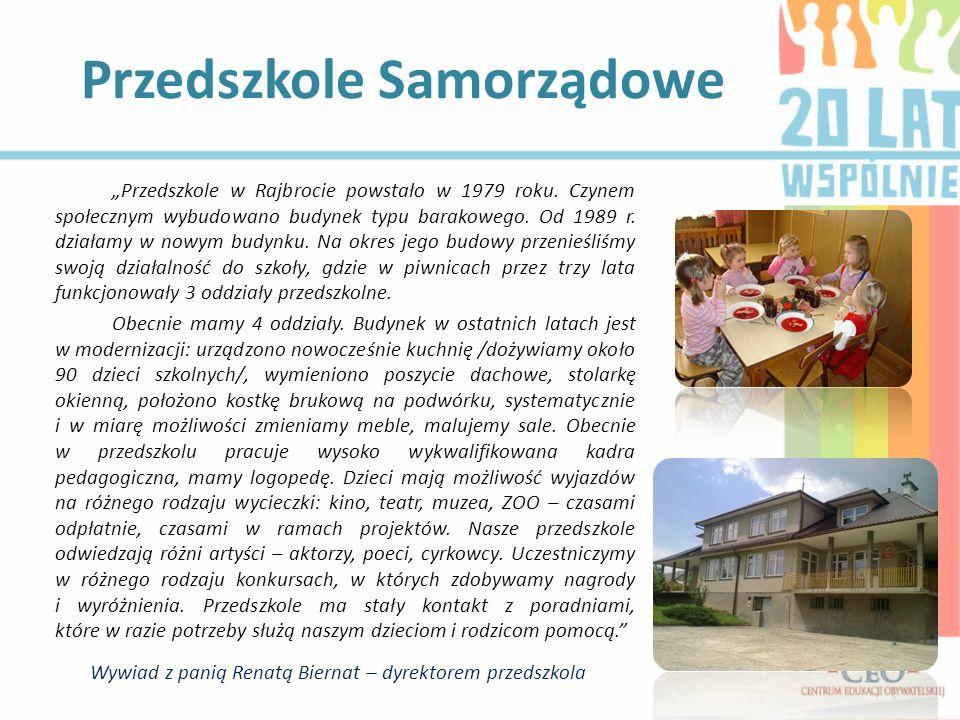 Przedszkole w Rajbrocie powstało w 1979 roku. Czynem społecznym wybudowano budynek typu barakowego. Od 1989 r. działamy w nowym budynku. Na okres jego