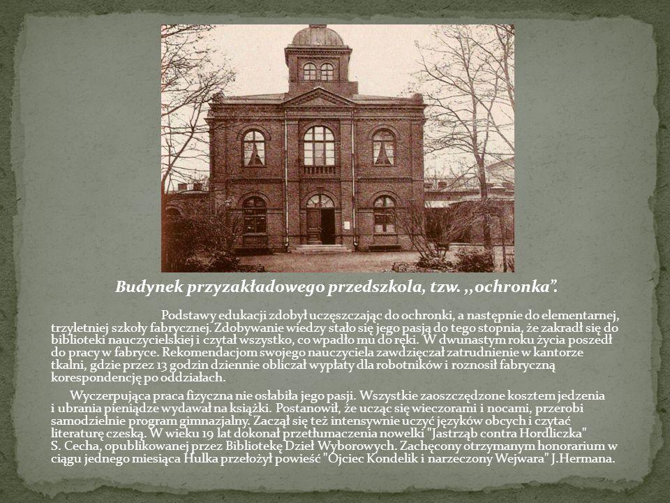 W 1933 r.w artykułach (m. in.