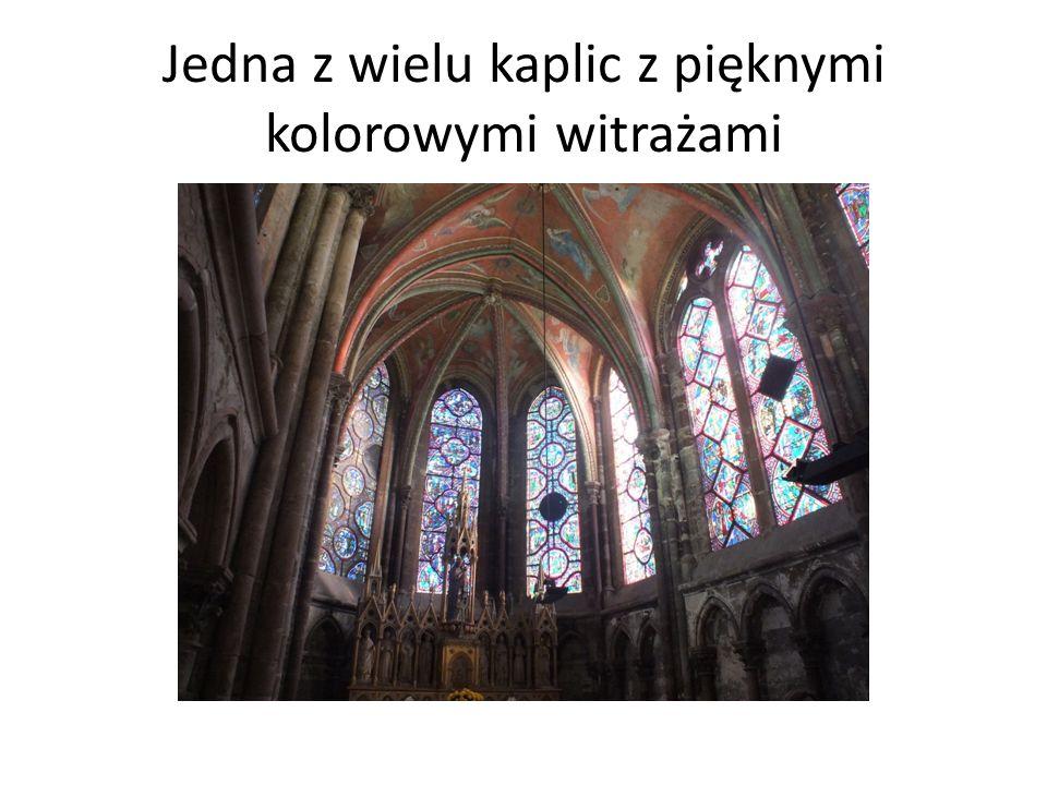 Anioły na sklepieniu towarzyszą gotyckim organom